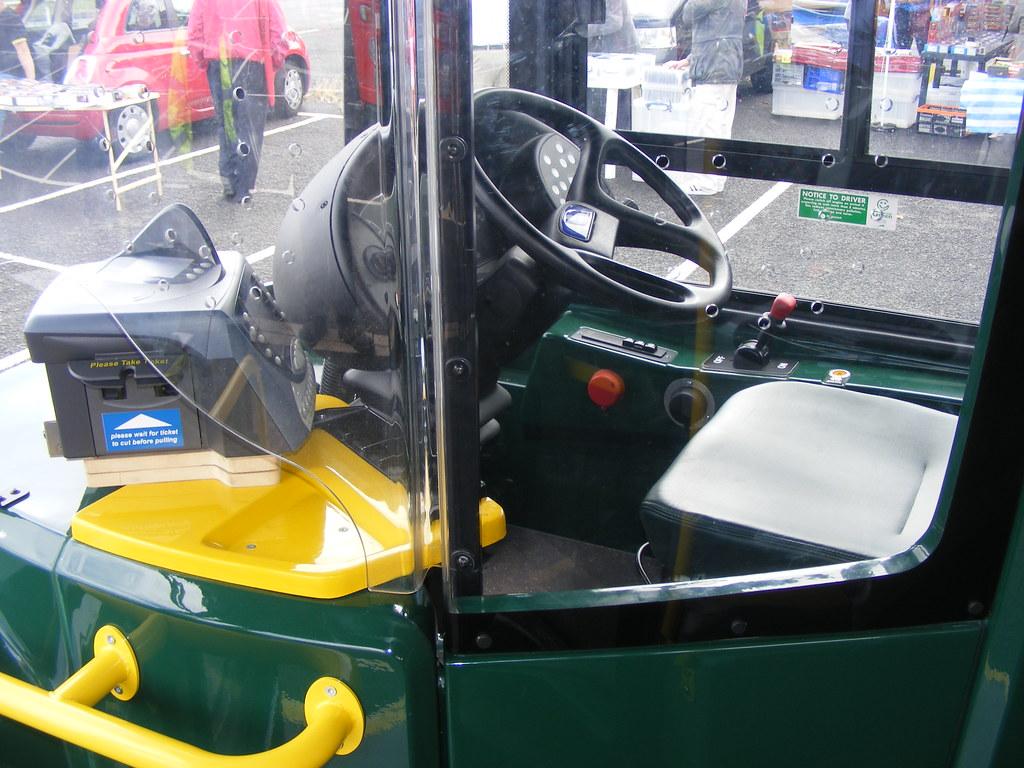 bus cab stagecoach 12061 nk11dgy alexander dennis enviro