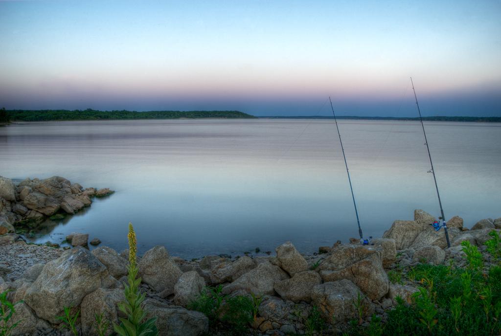 Fishing clinton lake lawrence kansas marciana for Lawrence fish finder