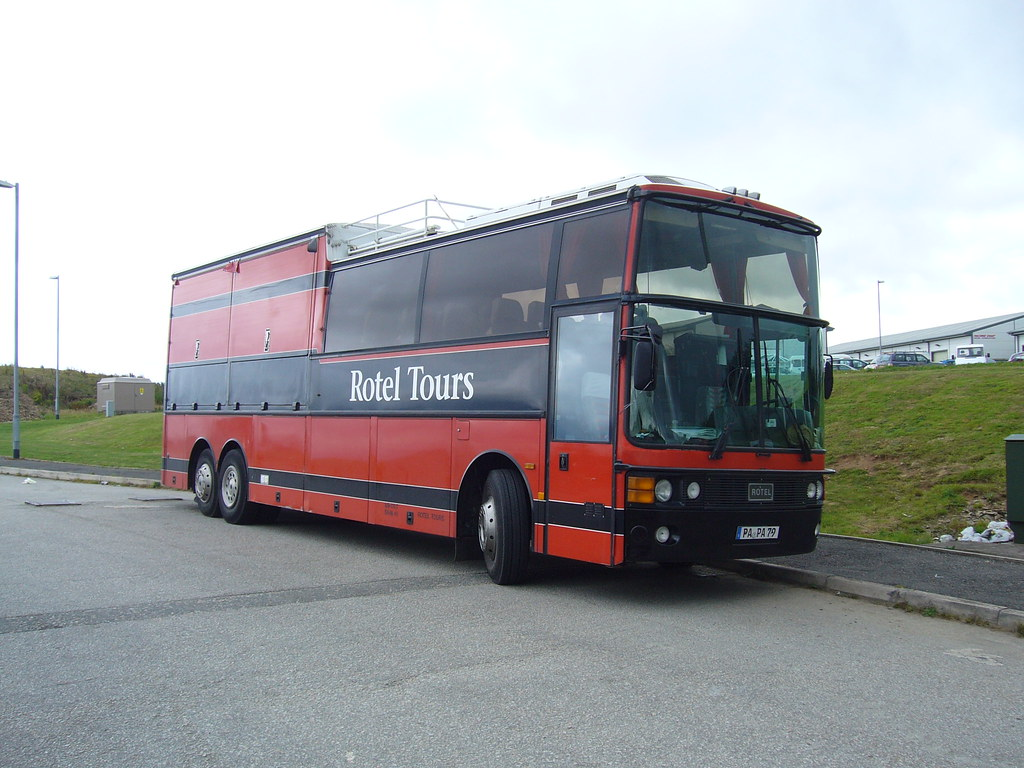 rotel tours germany van hool alizee photographed in. Black Bedroom Furniture Sets. Home Design Ideas