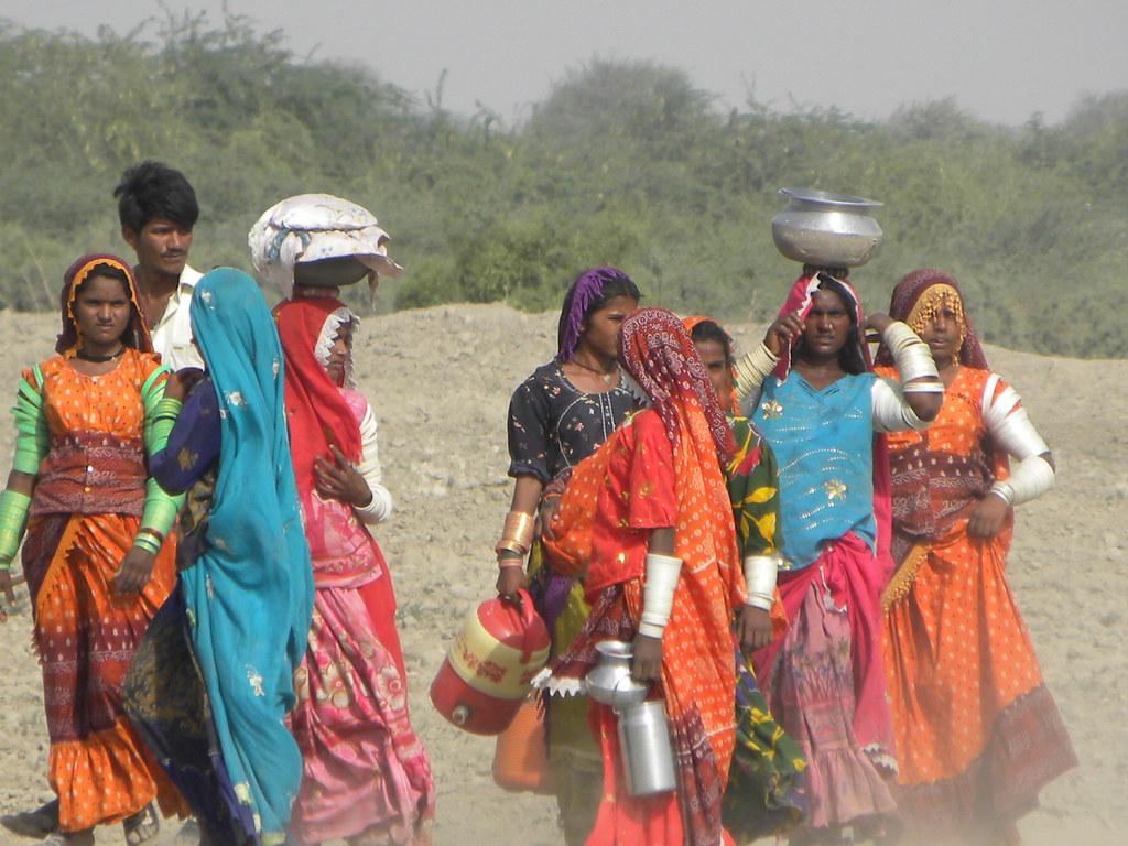thar desert people - 640×480