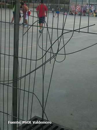 Photo - Polideportivo manzanares el real ...