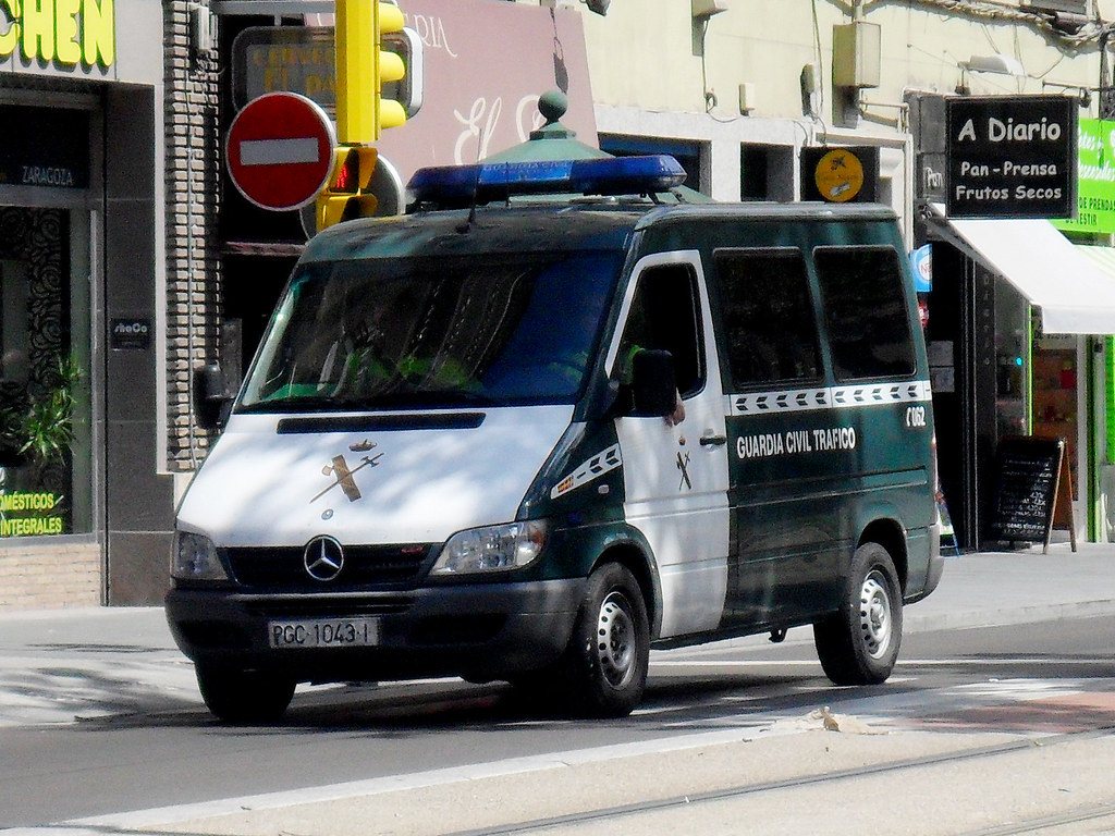 ... Guardia Civil Tráfico. Atestados E Informes Mercedes Benz Sprinter | By  Emergencias ZGZ
