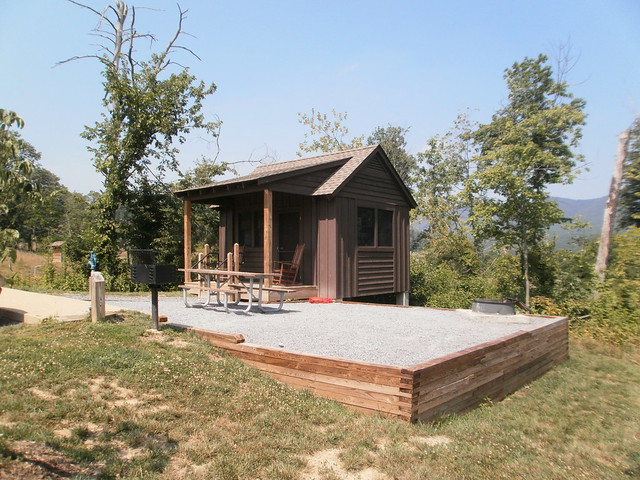 Attrayant Camping Cabin #1 At Shenandoah River State Park In Virginia