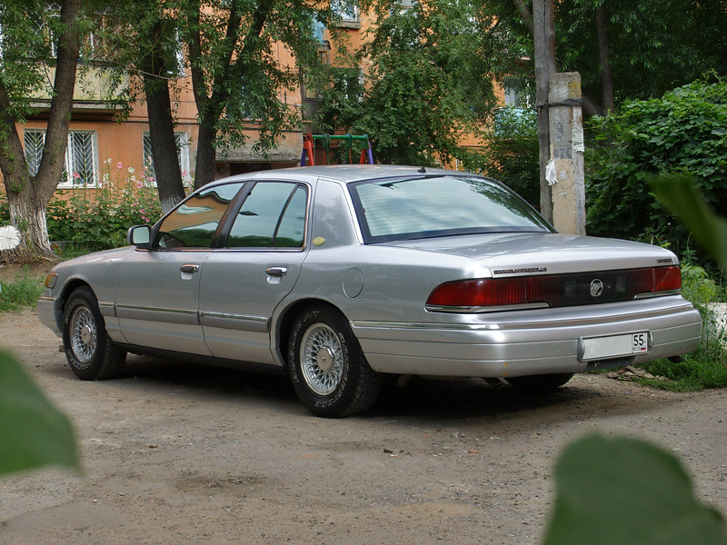 also Closet Hall moreover Portail Du Chteau De Dommerville moreover I moreover Mercury Grand Marquis Pic X. on 1992 grand marquis