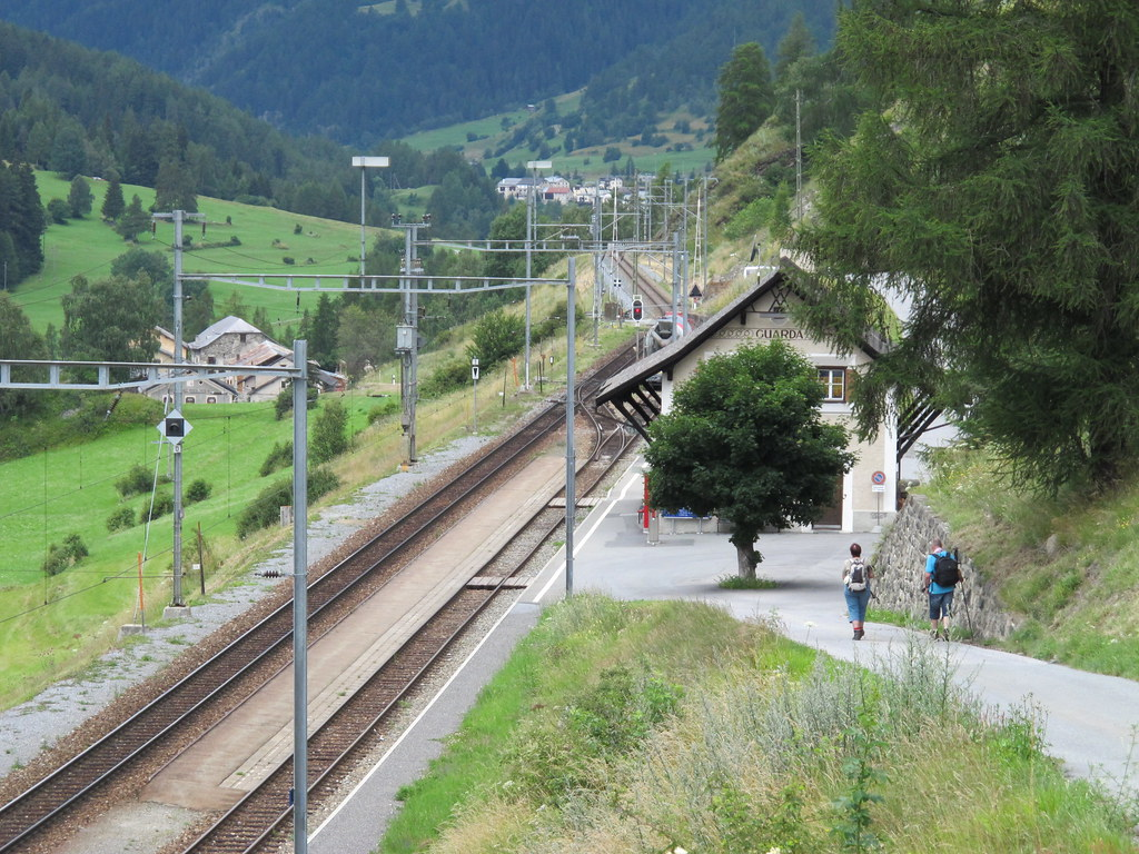 Guarda Bahnhof Odd Stiansen Flickr