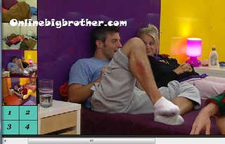 BB13-C3-8-2-2011-3_02_50.jpg | by onlinebigbrother.com