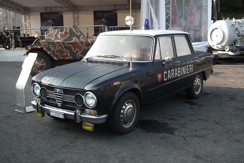 1970 alfa romeo giulia super carabinieri 1 1970 alfa r flickr. Black Bedroom Furniture Sets. Home Design Ideas