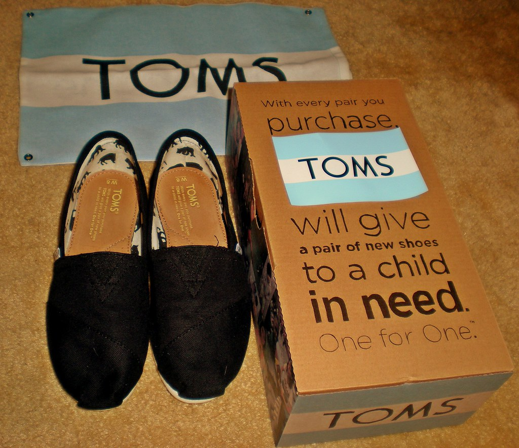 Are Toms Good Walking Shoes
