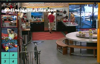 BB13-C1-7-19-2011-5_22_27.jpg | by onlinebigbrother.com