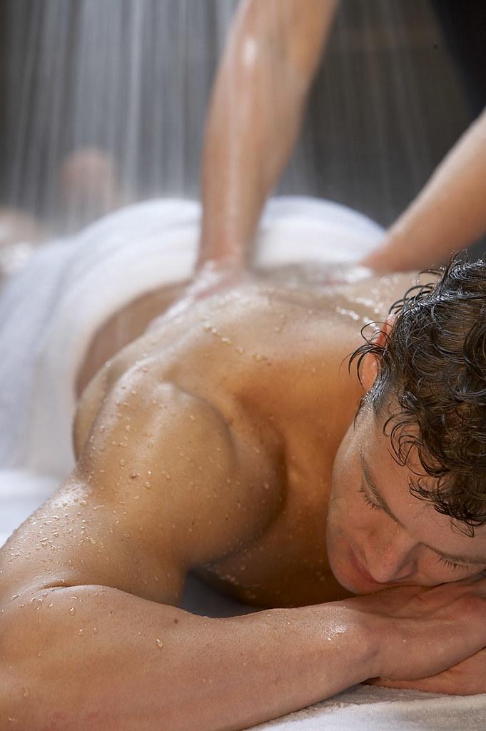 kazan-eroticheskiy-massazh
