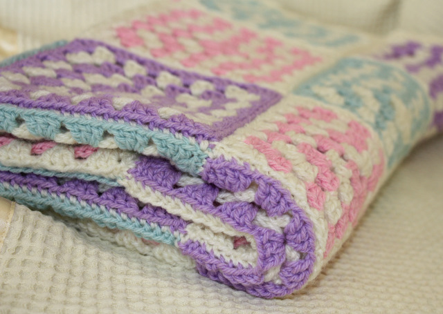 Crochet Patterns For Baby Blankets Squares : Crochet Granny Square Baby Blanket Flickr - Photo Sharing!