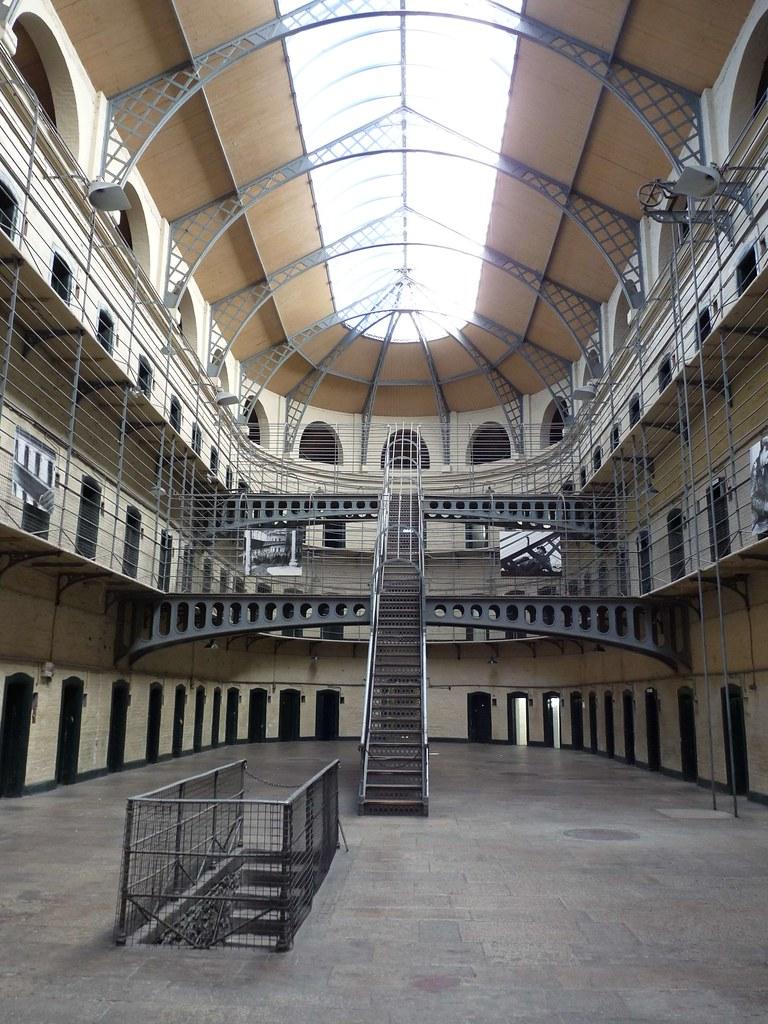 Prison architecture kilmainham prison dublin lorenzo for Jail architect