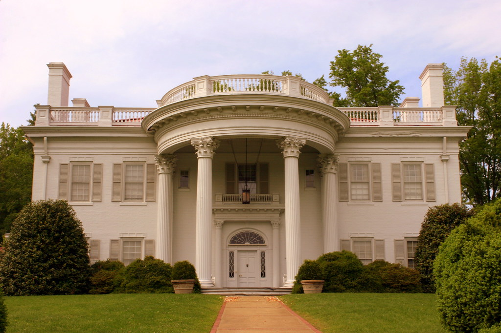 Allandale mansion front kingsport tn the allandale for Allandale house
