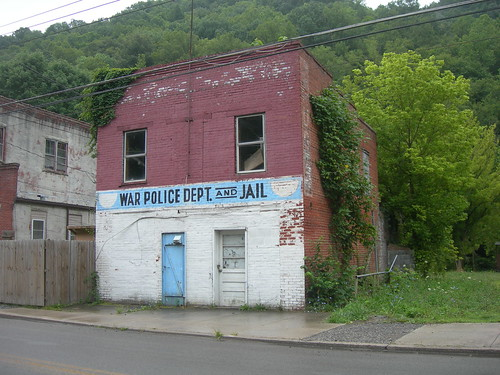 (Old) War Police Department & Jail | by jimmywayne