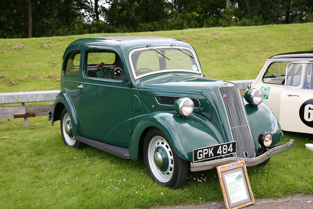 1938 Ford 8 7y Deluxe Graham Robertson Flickr