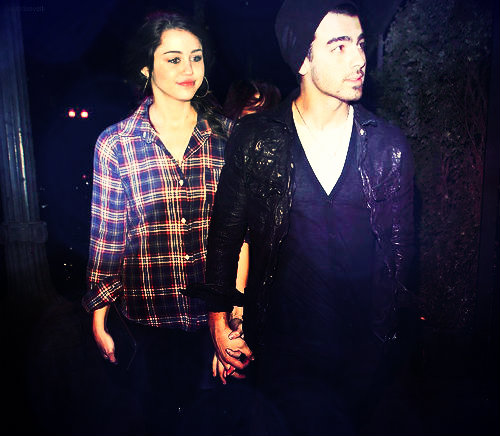 Miley Cyrus and Joe Jonas Manip♥ | Joley | TheGypsy'sHeart ... Zac Efron