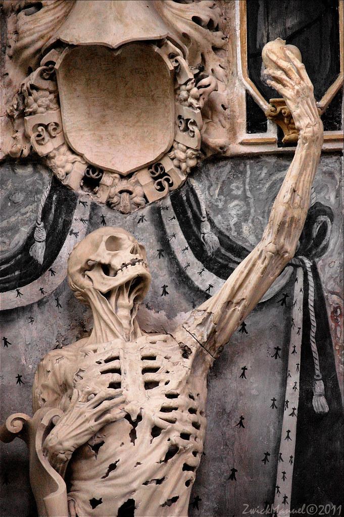 le monument de coeur de rene de chalon 2 memento mori t flickr. Black Bedroom Furniture Sets. Home Design Ideas