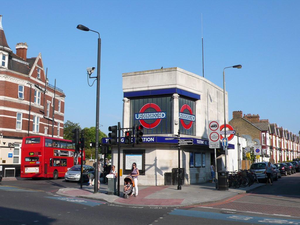 Tooting Bec Underground station | andy hebden | Flickr