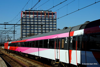 Pink white and red on a sunny day | by Amsterdam RAIL