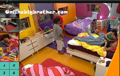 BB13-C4-7-25-2011-12_00_38.jpg | by onlinebigbrother.com