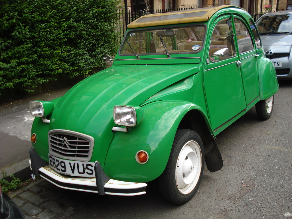 1987 citroen 2cv bamboo special edition 2cv minus the. Black Bedroom Furniture Sets. Home Design Ideas
