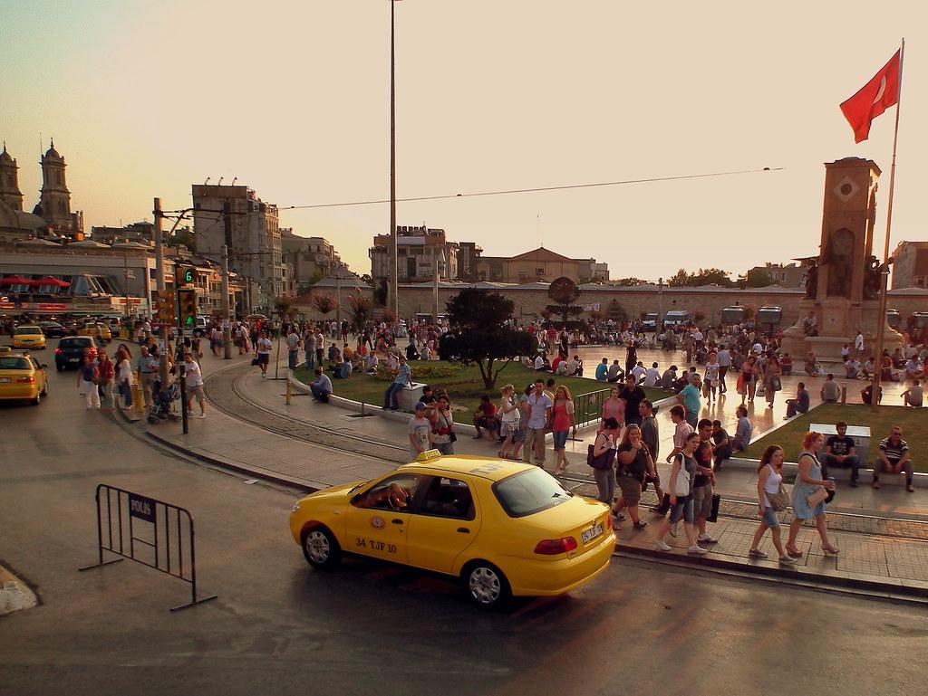 TAKSIM SQUARE ISTANBUL TURKEY AUG 2011