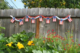 july 4th garland, pumpkin vine & red flax | by jessica wilson {jek in the box}