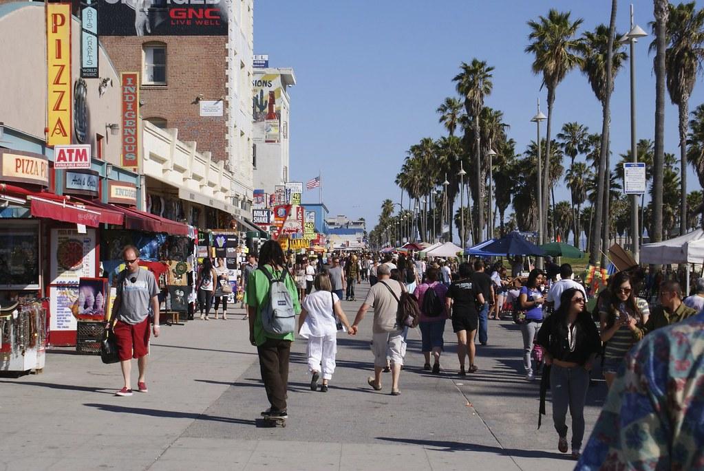 Venice beach clothing stores