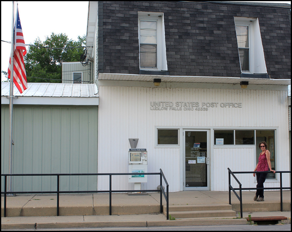 Foyer Office Zip Code : Post office ludlow falls ohio zip code another