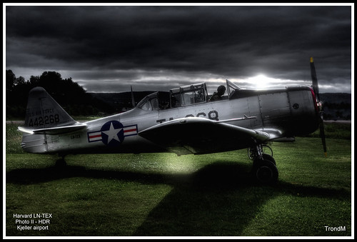 North American Harvard T-6G LN-TEX | by TM photoz - TrondM