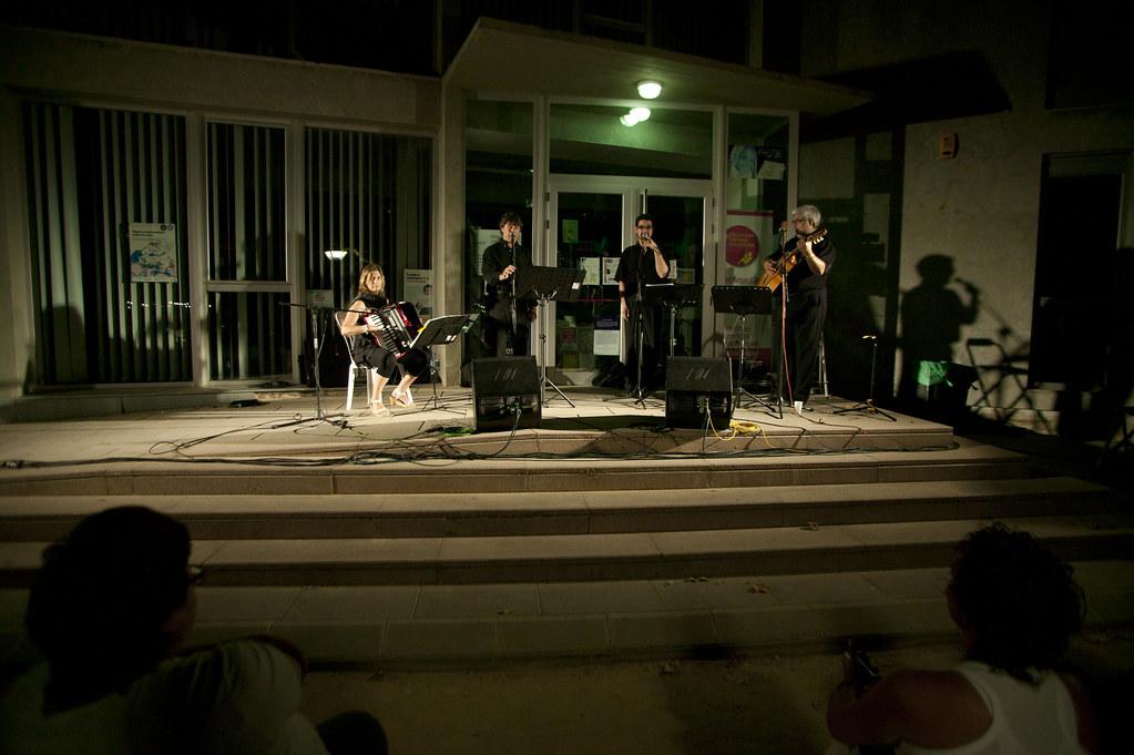Les borges blanques cantada d 39 havaneres amb el grup xat for El tiempo les borges blanques