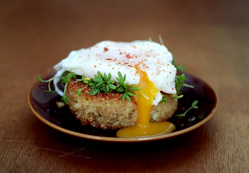 Quinoa Cakes and Poached Eggs | by what should i eat for breakfast today