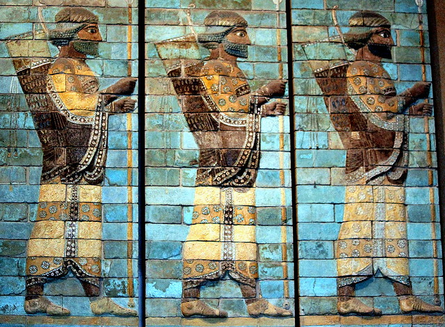 Louvre ancient persian archers iran and the persian for Ancient persian cuisine