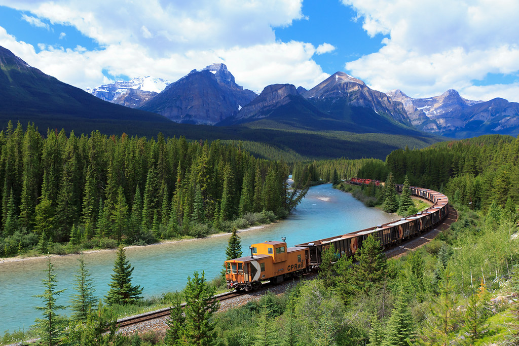 Canadian Pacific Work Train at Morant's Curve | A break ...