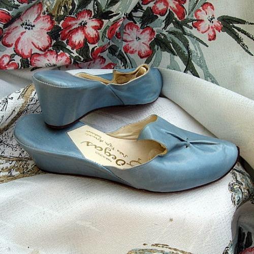 Vintage 50 60s Blue Leather Wedge Heel Bedroom Slippers Mu