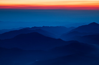 Blue Mountains Red Sky | by arcreyes [-ratamahatta-]