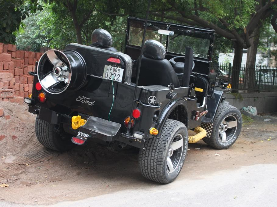 Ford / Willys style Jeep | Vintage Auto World | Flickr