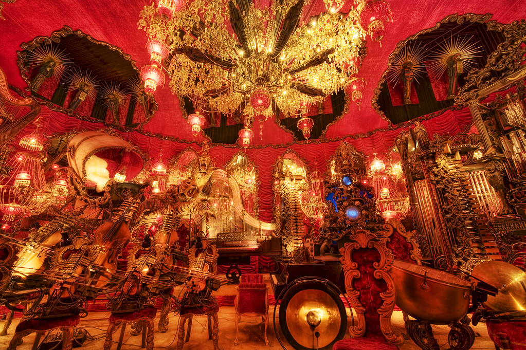 The Red Room 2 (House on the Rock) | thegoldensieve.com ...