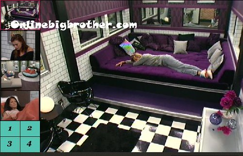 BB13-C2-8-5-2011-7_22_38.jpg | by onlinebigbrother.com