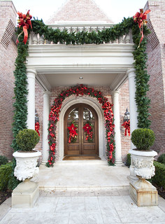 Exterior Christmas Styling | by Twins Design