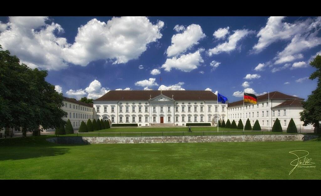 Schloss Bellevue | Schloss Bellevue (1786), Residence of ...