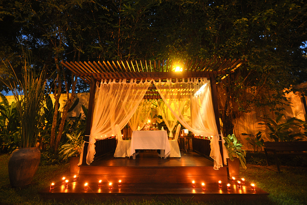 Candle Light Dinner | Tara Angkor is delighted to offer ...