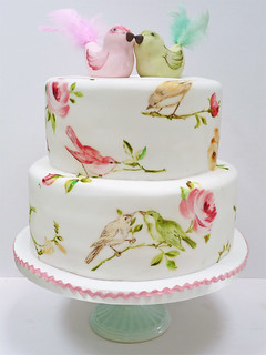 Bird and rose cake | by neviepiecakes
