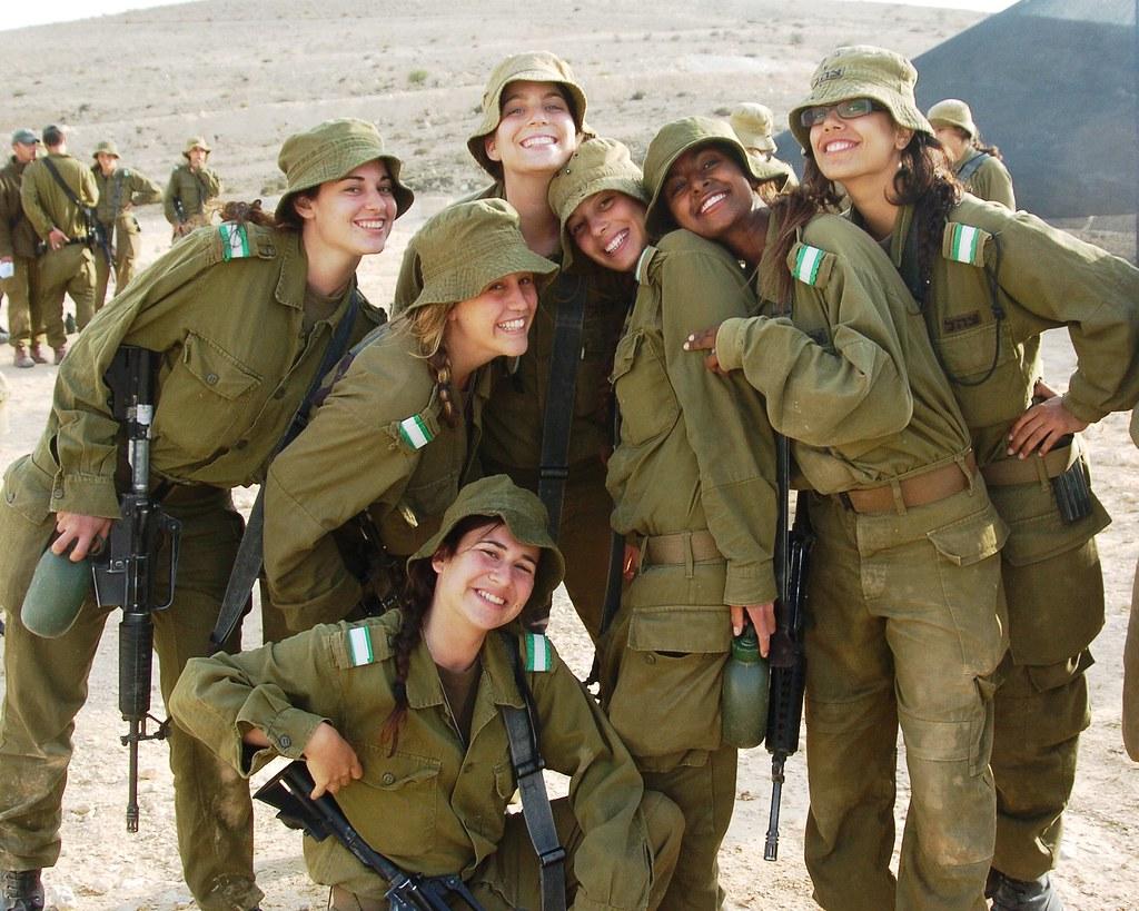 Female Soldiers Take A Break In The Desert Sun  May 16 -4914