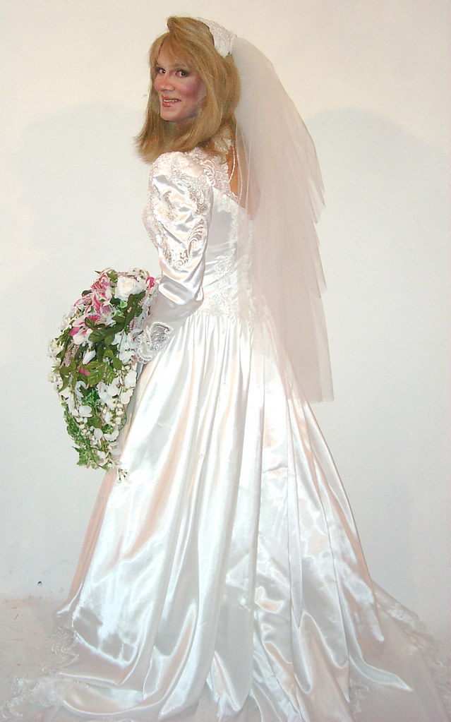 Free young transvestite wearing comunion dress
