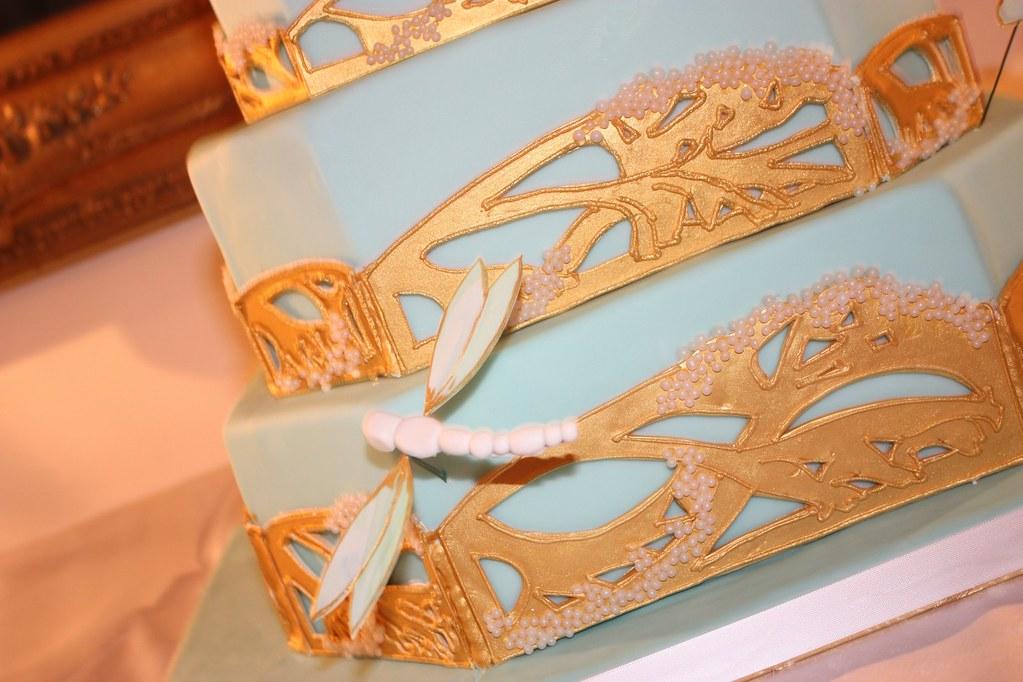 Cake Art N R Colony : Art Nouveau Dragonfly Cake close up A wonderful cake we ...