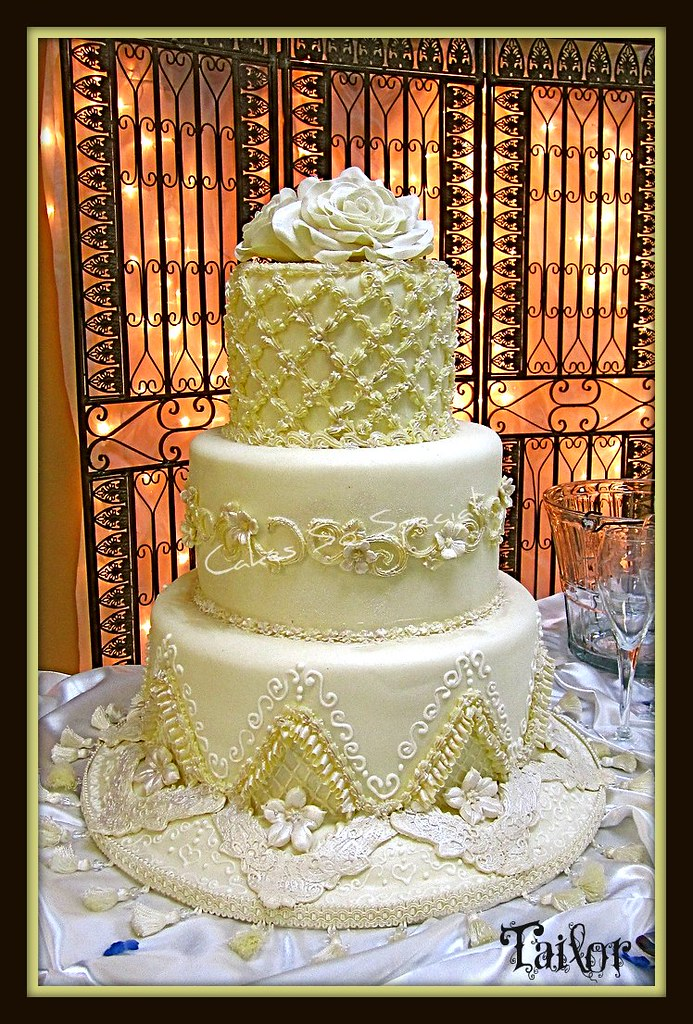 Tailor | My niece requested hand piping and caramel filling.… | Flickr