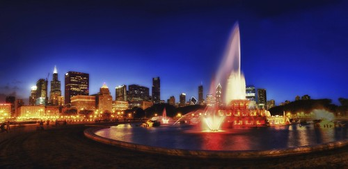 Buckingham Fountain at Twilight | by Chris Smith/Out of Chicago
