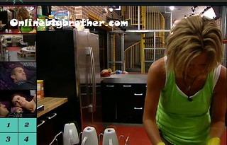 BB13-C2-7-30-2011-11_04_21.jpg | by onlinebigbrother.com