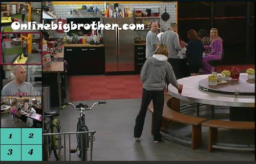 BB13-C1-8-12-2011-12_40_26.jpg | by onlinebigbrother.com